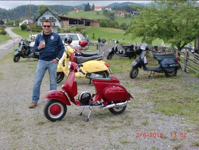 Ausfahrt 10 Jahre Vespaclub GU 2. Juni 2012 (32)